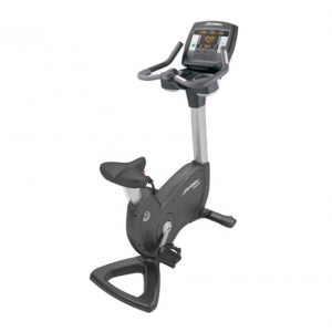 Life Fitness Platinum Club Series Upright Lifecycle w/LED Achieve Console