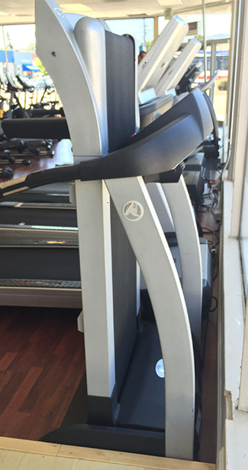 PRE-OWNED Keys Fitness A6T Folding Treadmill
